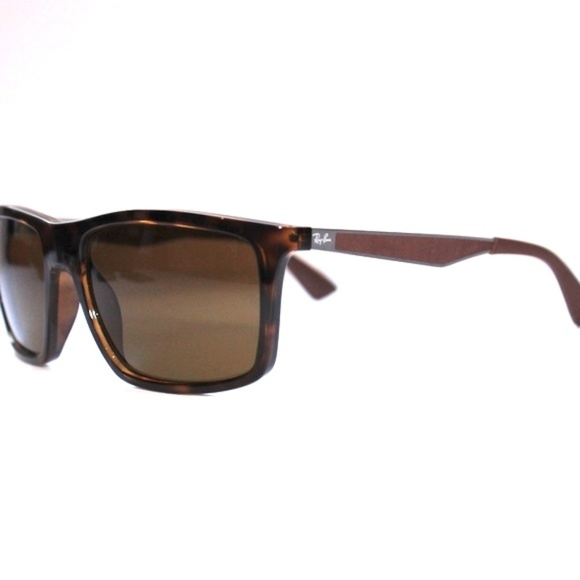 5951281a5e Ray-Ban Brown Classic B-15 Polarized. M 5aa4627961ca107f39f731d2